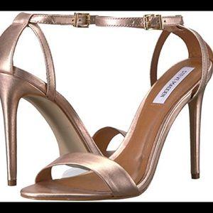 NWOB Lacy Heel